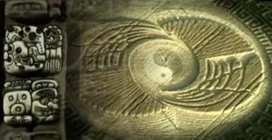 Crop circle con riferimenti al calendario Maya